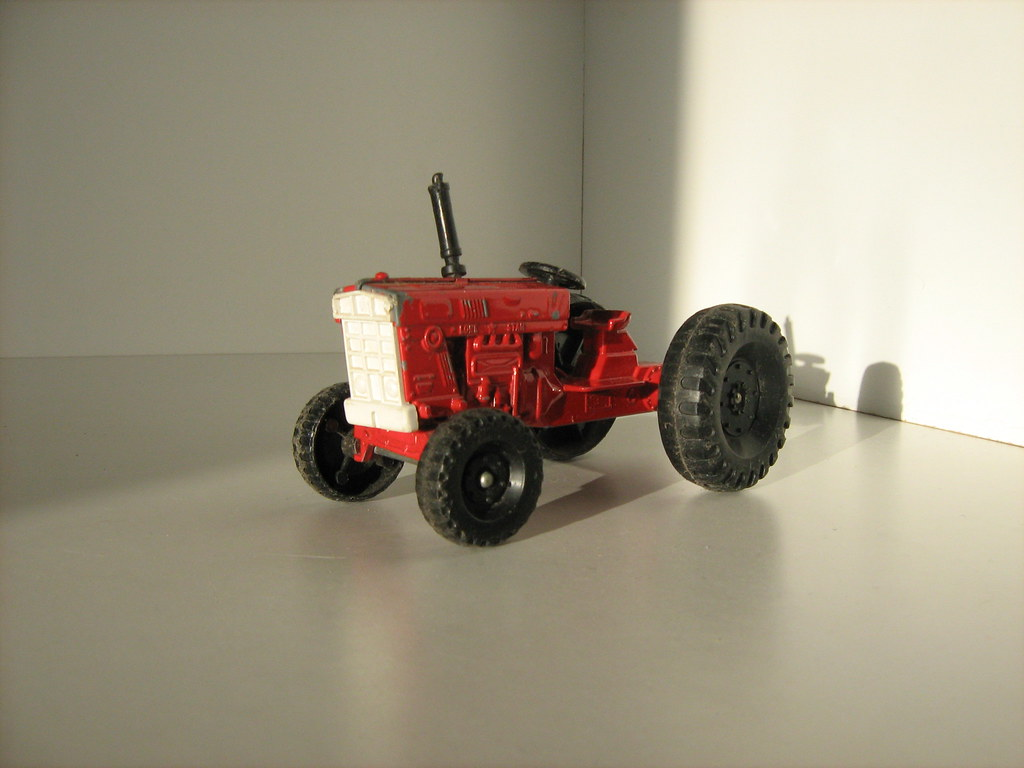 Lone Star Toys - Die-Cast Tractor