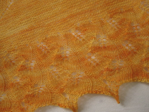 Leafprints Shawlette