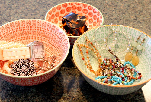 Organize your Jewelry with Bowls