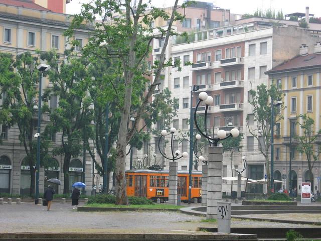 ミラノの広場のフリー写真素材