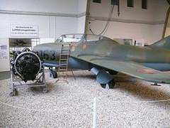 MiG-15 UTI und Triebwerk