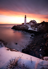 Snowrise (moe chen) Tags: ocean lighthouse snow sunrise portland dawn elizabeth williams fort head maine sigma moe cape phl chen