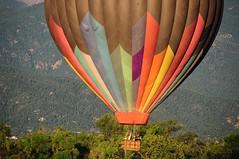 2009 Colorado Balloon Classic (Joe_B) Tags: geotagged colorado balloon coloradosprings f63 d300 200mm 18200mm coloradoballoonclassic 18200mmf3556 geo:country=unitedstatesofamerica camera:make=nikon image:shot=29 geo:state=co camera:model=d300 exposure:ISO=200 exposure:shutterspeed=1160 lens:name=18200mmf3556 lens:type=dgvr exposure:fnumber=f63 lens:focallength=200 geo:city=coloradosprings 18200mmf3556dgvr image:rating=2 address:tag=park address:tag=memorialpark event:code=2009920bc image:roll=10544 roll:num=10544 image:docname=dsc6150nef