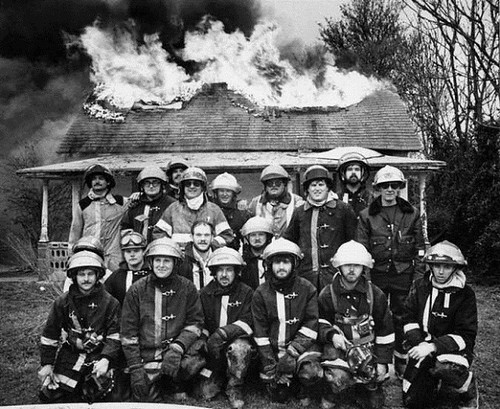 firemen-group-photo