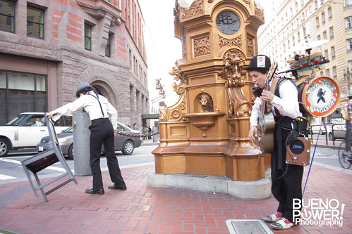 Performance in between Market and 4th St San Fran