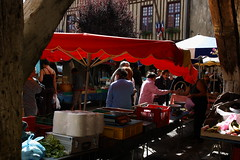 IMG_7469 (Fencejo) Tags: street streetphotography market march tamron175028 canon400d france carcassone languedoc roselln midi