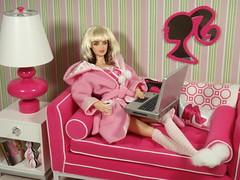 blondie150 (Lisa/Alex's doll) Tags: life christmas ladies lamp table mirror dolls furniture jonathan laptop adler barbie harry pop couch ornament 80s deborah debbie blondie eighties hallmark pivotal