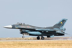 [フリー画像] 乗り物, 航空機, 戦闘機, F-2支援戦闘機, 航空自衛隊, 201102012300