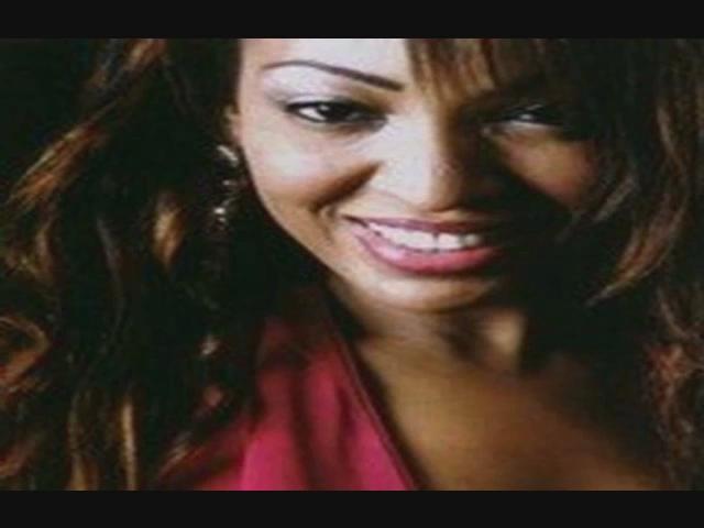 SENEWEB Videos - WouYaYoYe Viviane Ndour 2010