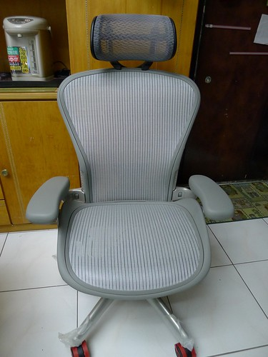 Aeron chair-Herman Miller [美灰版]
