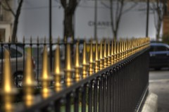 Chanel, Avenue Montaigne, Paris (IFM Photographic) Tags: paris france canon 50mm gold f18 avenue chanel railings hdr 8th montaigne 8e 8ème 75008 avenuemontaigne ef50mmf18mkii 450d ruebayard ef50mmf18mk2 8tharrondisment arondisment img576456tonemapped