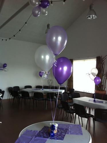 Tafeldecoratie 3ballonnen Dorpshuis Hekelingen