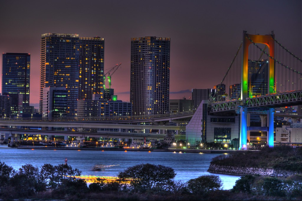 夕方のレインボーブリッジ