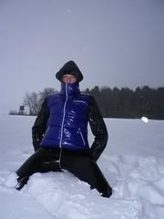 IMGP0050 (Karhu1) Tags: schnee snow shiny jacket nylon snowsuit jacke overall skianzug