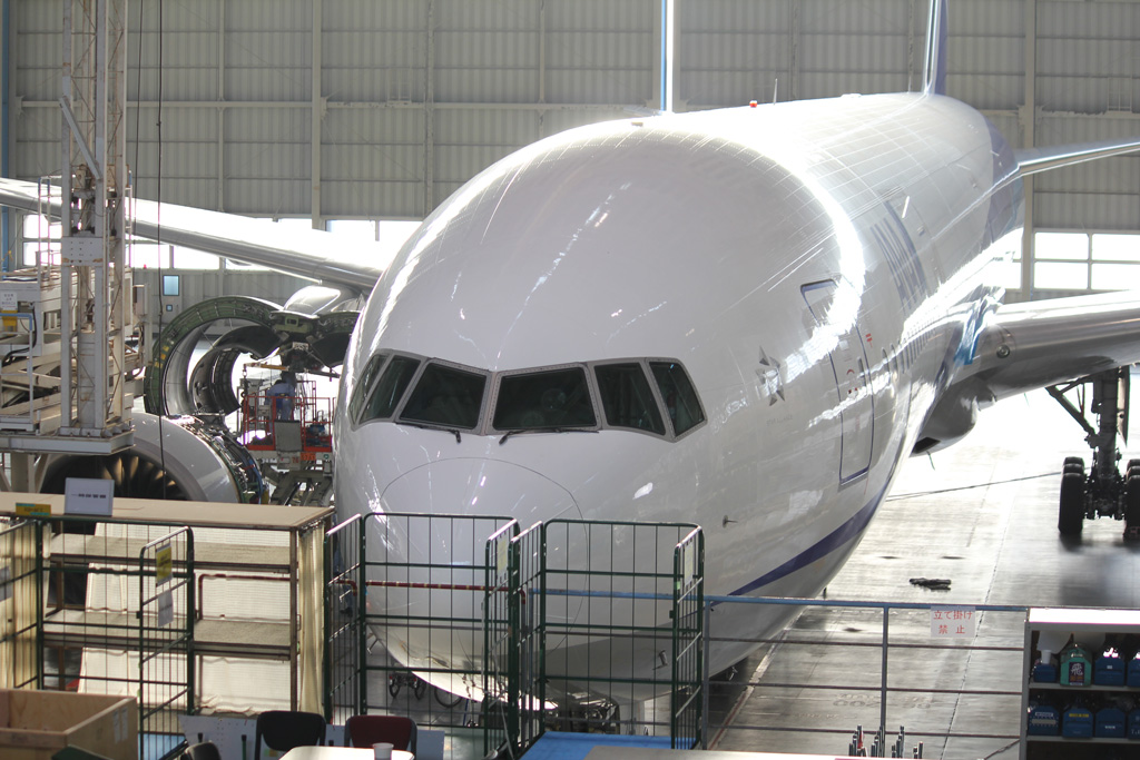 ANA Airplane Maintenance Center (09)