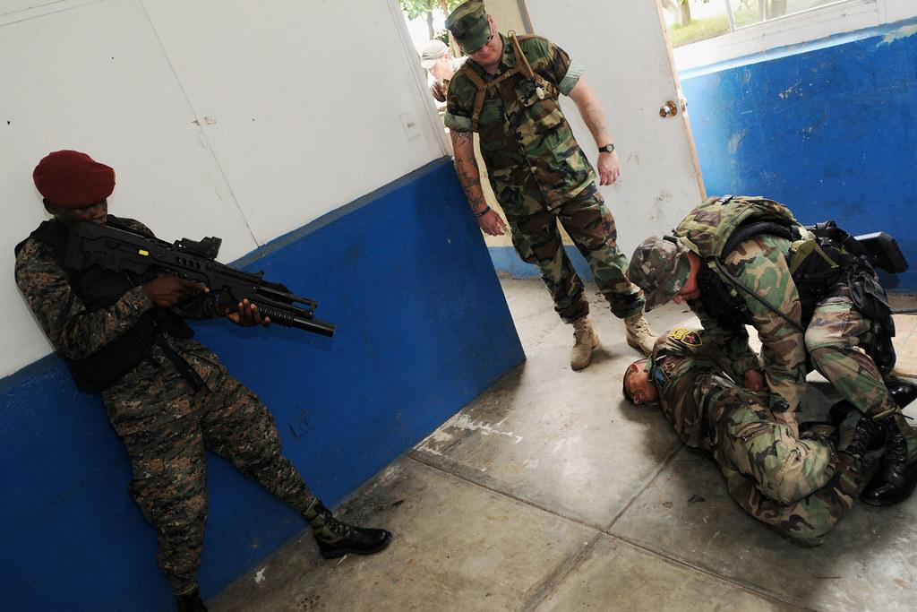 Fuerzas Especiales de el Ejercito de Guatemala  5325343490_d2cec0b873_b