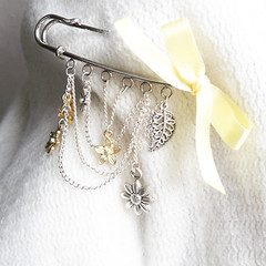 Kilt Pin Brooch - Spring 1 (WishWithUs) Tags: flower yellow silver leaf spring pin kilt brooch chain bow daisy bead ribbon accessories gem