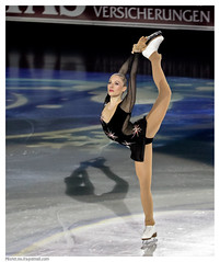 Fleur Maxwel - Ice Gala 2010 (Mister No [ITA]) Tags: world winter art history ice sports iceskating skating champion games stats figure skater statistics olympic athletes olympics istock gala canoneos bolzano bozen stockphoto pattini artonice ghiaccio manifestazione pattinaggio stockimage photostock largephotos imagestock imagesstock icegala canon7d buyimage imagesby getimages misternoitagmailcom