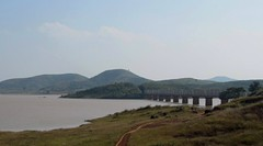 Kolab reservoir bridge in KK section (Anindya Roy Photography) Tags: orissa indianrailways visakhapatnam irfca 23023 vskp wag5 kirandul krdl kksection kolabreservoir