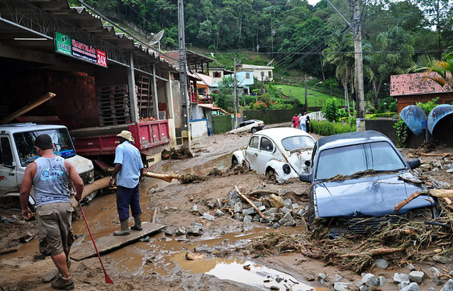 inundaciones en Teresópolis Brasil
