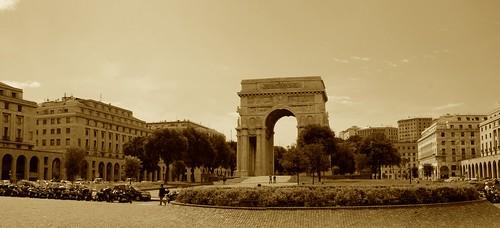 Piazza della Vittoria - panorama