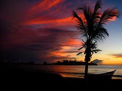 Although the sun will rise every morning... (Shadowargel) Tags: playa amanecer navidades margarita momentos shadowargel