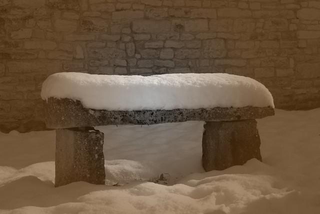 yonne sennevoy le bas banc neige effet lomo