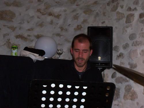 Robert Pettinelli Trio By McYavell - 101204j