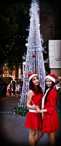 Jia Yeen and Chee Li Kee