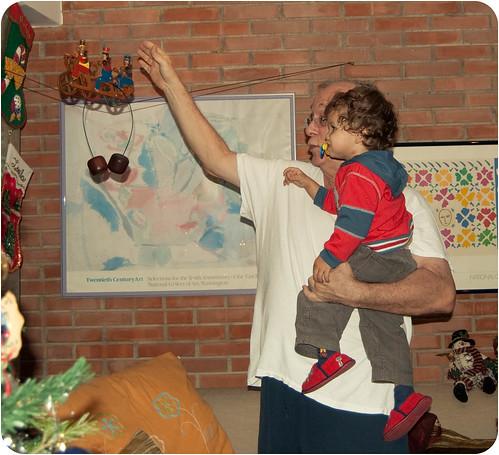 Papá y Adrian jugando