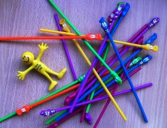 Fiddle Sticks on 9 December 2010 - day 343 (Leonard John Matthews) Tags: game toy australia smiley pickupsticks fiddlesticks mythoto 3652010 365the2010edition