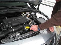 zuviel motoröl absaugen