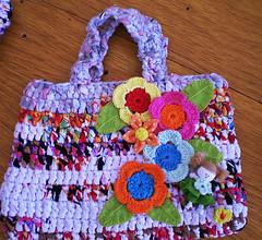 bolsa croche (aline conde - RiCiCLaGGiO) Tags: flores de e fuxico bolsa mão tecido croche bolsinha malha retalho