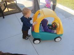 IMG_4769 (drjeeeol) Tags: baby yard backyard katie charlie triplet 2010 26monthsold