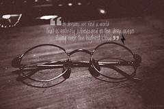 DSC00415 (-LOST LIKE TEARS IN RAIN-) Tags: glasses films harrypotter books peliculas freak gafas libros rayo thunder friki