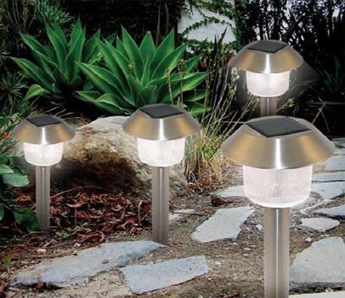 Design Inspiration: Outdoor Solar Lights for Great Lighting Celebration