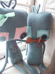 lovebots (tareami) Tags: cute love nerd toy robot stuffed soft geek handmade buttons bowtie felt plush bow kawaii plushie ribbon fleece cogs gears geekery stuffie feltie lovebots