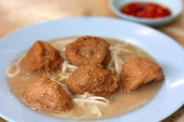 Yuet Loy