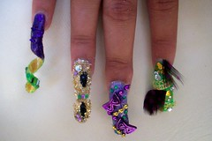 Nail art 5 (Bretagne_Revenge) Tags: green art gold purple lace nail feathers swirl mardigras