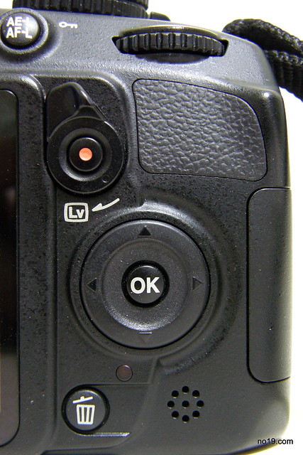 D3100 右手邊按鈕 - PC253288