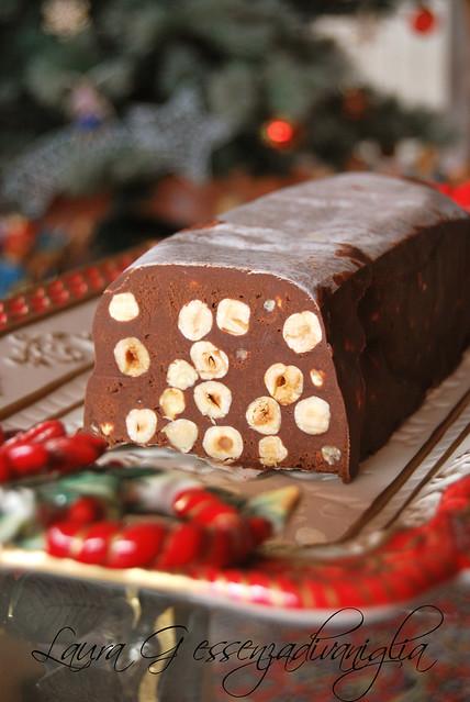 Torrone morbido al cioccolato e nocciole