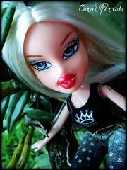 Marjorie (Carol Parvati ™) Tags: doll soccer picnik bratz cloe marjoria playsportz carolparvati
