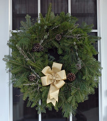 Christmas wreath (kizilod2) Tags: christmas door green yellow gold grey gray wreath evergreen decorating bow lichen pinecone russiansage