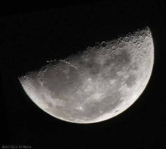 Moon.. (ZiZLoSs) Tags: moon canon eos 7d kuwait usm aziz 800mm abdulaziz  20x f56l ef400mmf56lusm zizloss  ef400mm 3aziz canoneos7d almanie abdulazizalmanie httpzizlosscom