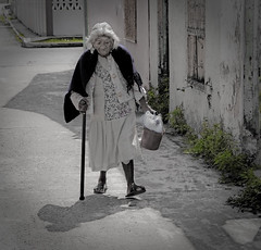 At the end of her pathway (hvreflections) Tags: poverty life woman latinamerica beautiful beauty mxico mujer nikon sad camino grandmother walk retrato portait hard sigma triste step abuela elderly vida tired paso desaturation oldwoman desaturated hermoso anciana veracruz caminata pathway belleza cansado stepbystep bello amricalatina miseria desaturacin desaturado lessonoflife senectud ancianidad mexicanwoman attheendoftheroad pasoapaso arduo mujermexicana thelongroad sigma18200os nikond300 hardwalk tlacotlpan alfinaldelcamino ellargocamino alfinaldesucamino attheendofherpathway arduocamino lecciondevida