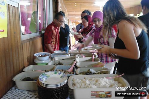 bintulu jan2011 Tune Hotel trip-28