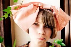 tavi_gevinson bow tie