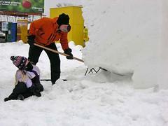 making snow block horizontal