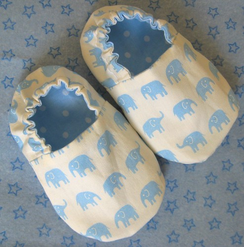 Reversible Baby Shoes, Elephants on Blue