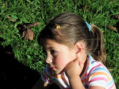 Yelissa (jjrestrepoa (busy)) Tags: portrait girl retrato thoughtful niña pensativa yelissa